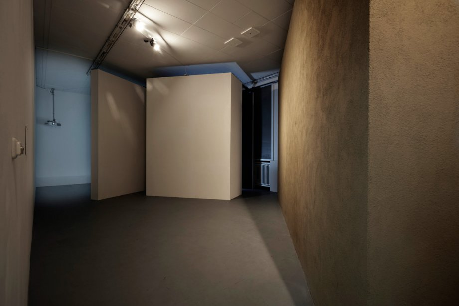 Installation View, Desire Machine Collective, Noise Life, basis 2015, photo: Günther Dächert