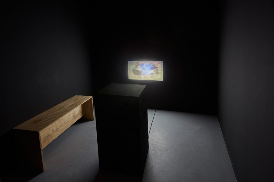 Installation View, Desire Machine Collective, we send starships. we fall in love., basis 2015, photo: Günther Dächert