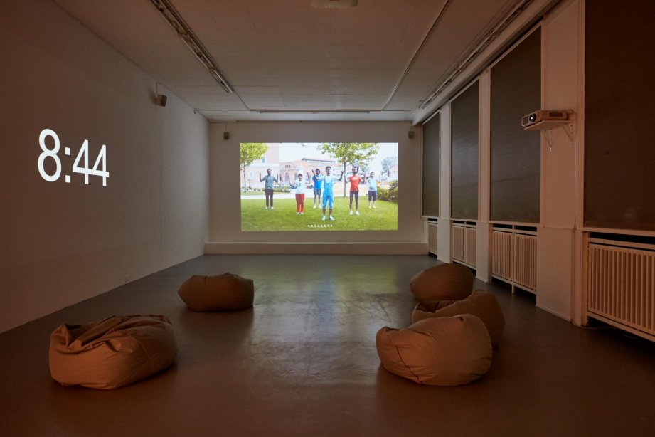 Bouillon Group, (Religious) Aerobics, 2013, basis, installation view 2018, photo: Günther Dächert