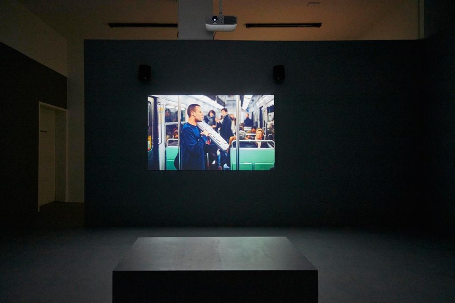 Installation View, Citizens Band, 2012, basis 2017, photo: Günther Dächert, Courtesy of the artist and Anna Schwartz Gallery, Melbourne; and Galerie Allen, Paris