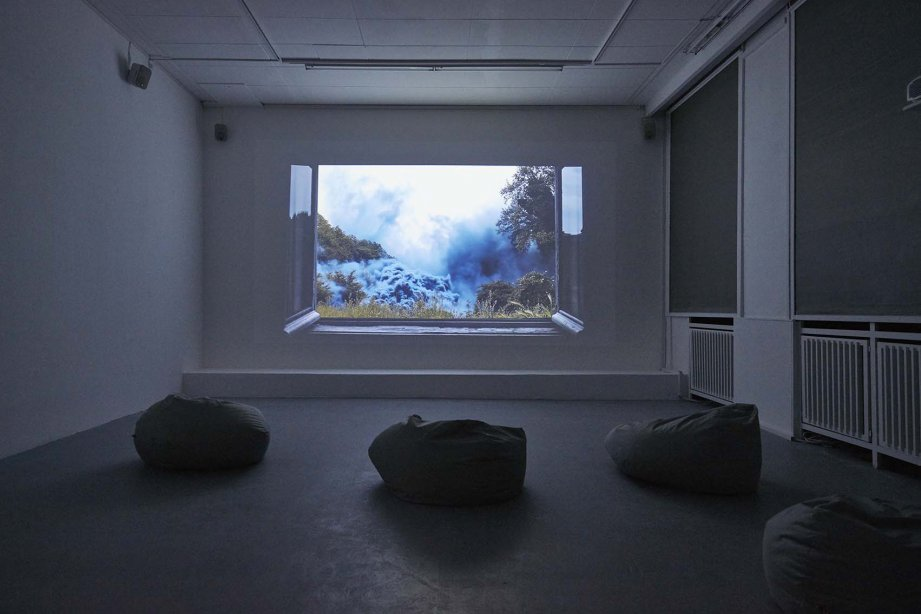 Hicham Berrada, Celeste, 2014, Installation view basis 2018, Courtesy the artist and Kamel Mennour, Paris, photo: Günther Dächert