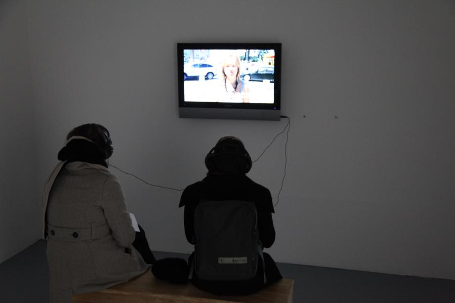 Oliver Ressler, What Is Democracy? (2009), Installationsansicht, Foto: Amin Weber
